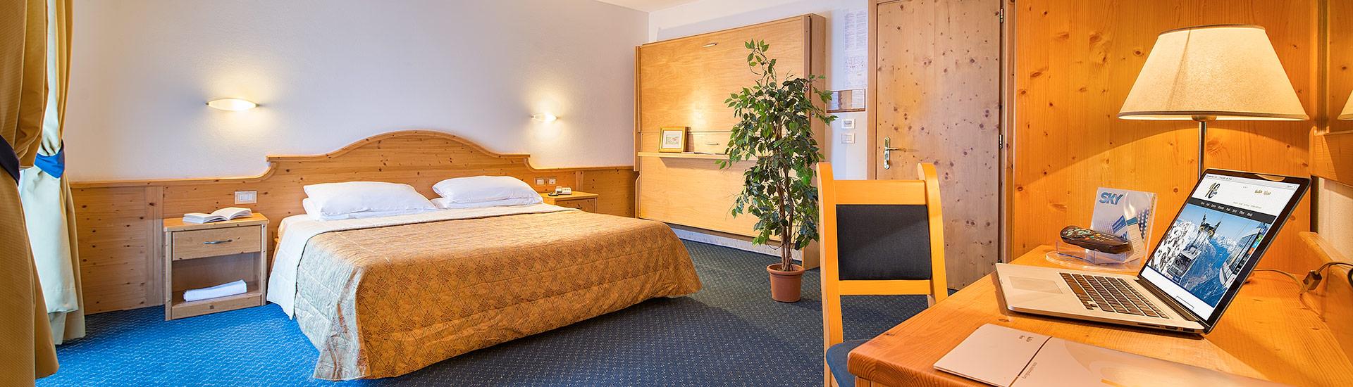 Camera da letto hotel Cristallo